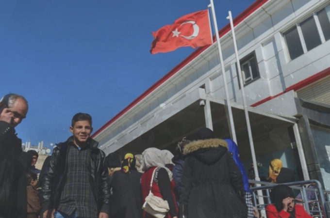 المشاكل التي يعاني منها اللاجئون السوريّون في تركيا